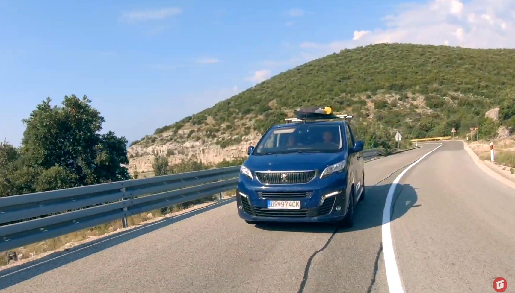 Na ceste do Chorvátska sme zhodnotili Peugeot Traveller po 120 000 km
