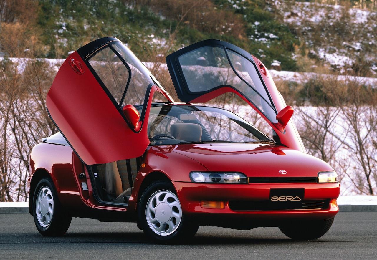 Nezvyčajná Toyota inšpirovala dizajnérov superšportov. Model Sera oslavuje 30-tku