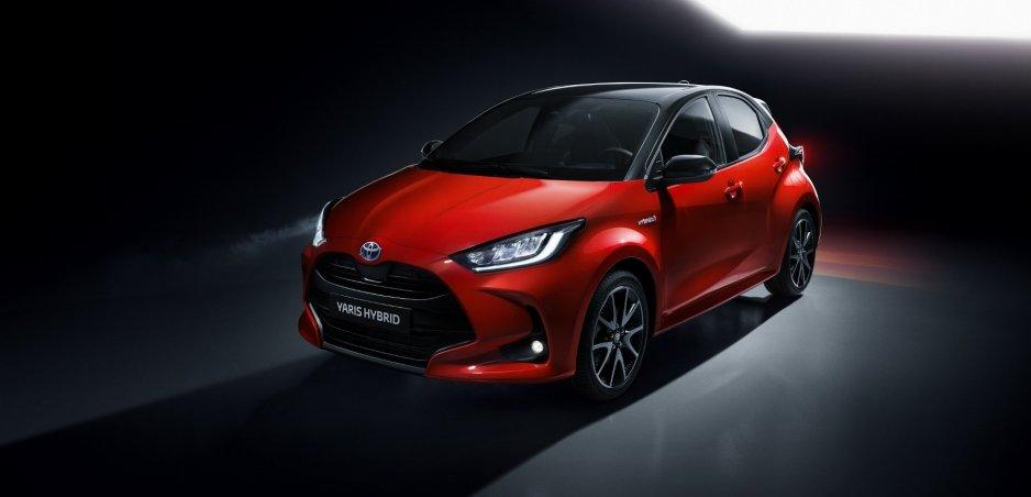Nová Toyota Yaris sa ukazuje na fotkách. Najľahšie ju spoznáte podľa zadných svetiel