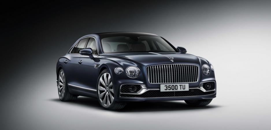 Nové luxusné Bentley Flying Spur zrýchľuje až na 333 km/h