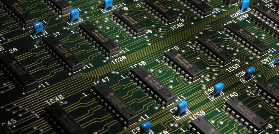 Nvidia sa spojila s čínskymi autostartupmi. Bude im dodávať AI