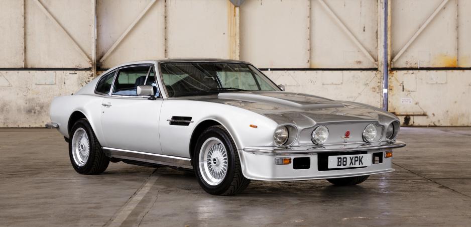Päť legendárnych vozidiel Aston Martin sa zúčastní Concours of Elegance 2019