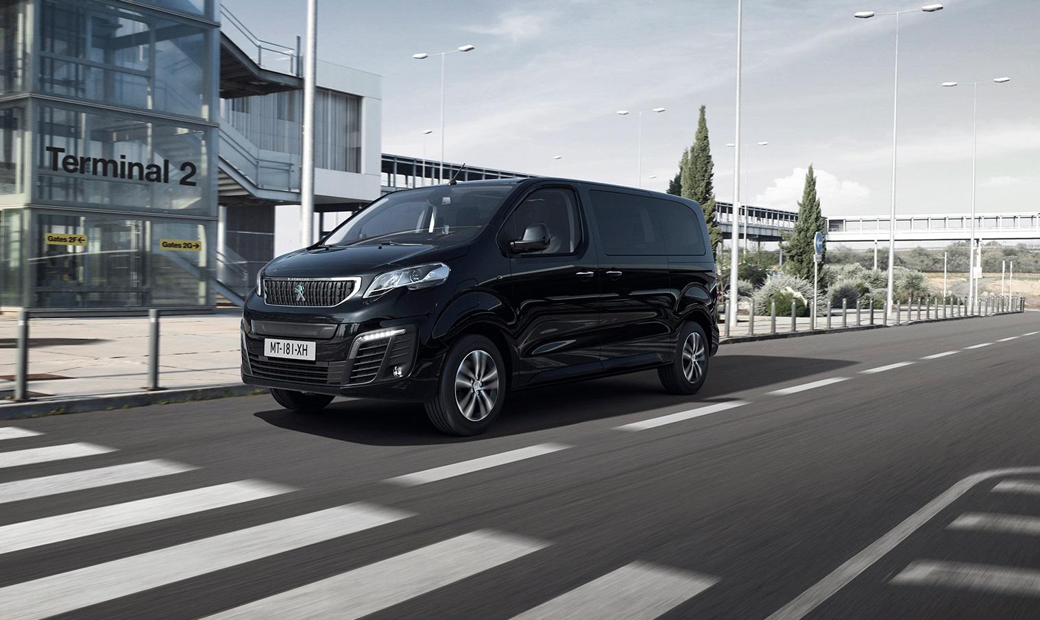 Peugeot Traveller prichádza aj ako elektromobil