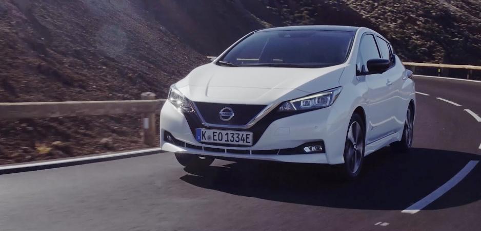 Prvá jazda: Nissan Leaf už nepotrebuje vytŕčať z radu svojím vzhľadom