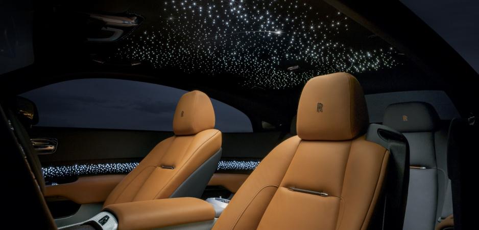 Rolls Royce Luminary Collection ponúka hviezdnu oblohu aj s padajúcimi hviezdami