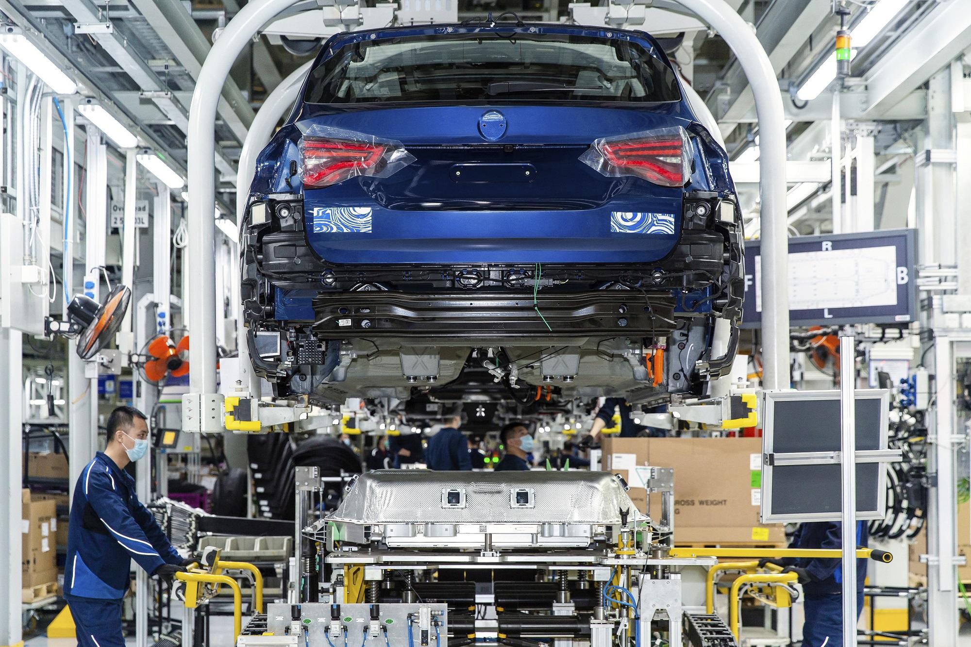 S výrobou elektrického SUV iX3 začne BMW už čoskoro