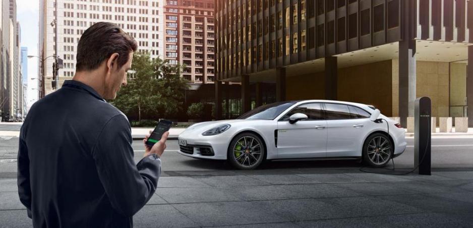 Služba Porsche má najrýchlejšie nabíjačky. Bude už v 12 krajinách
