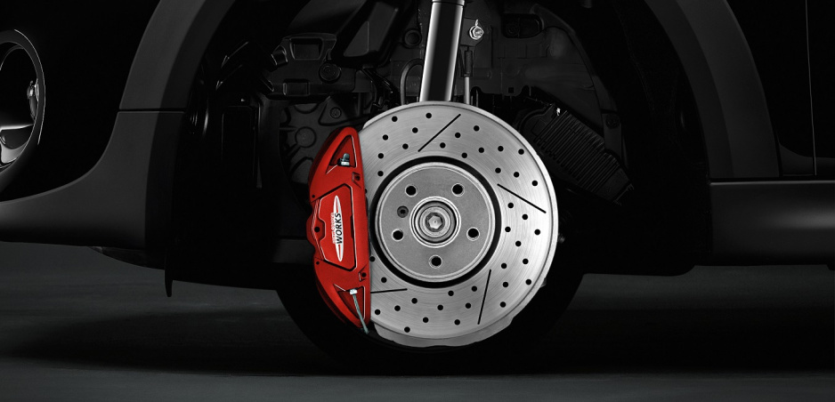 Starostlivosť o brzdy: Kedy meniť brzdové platničky a kotúče?