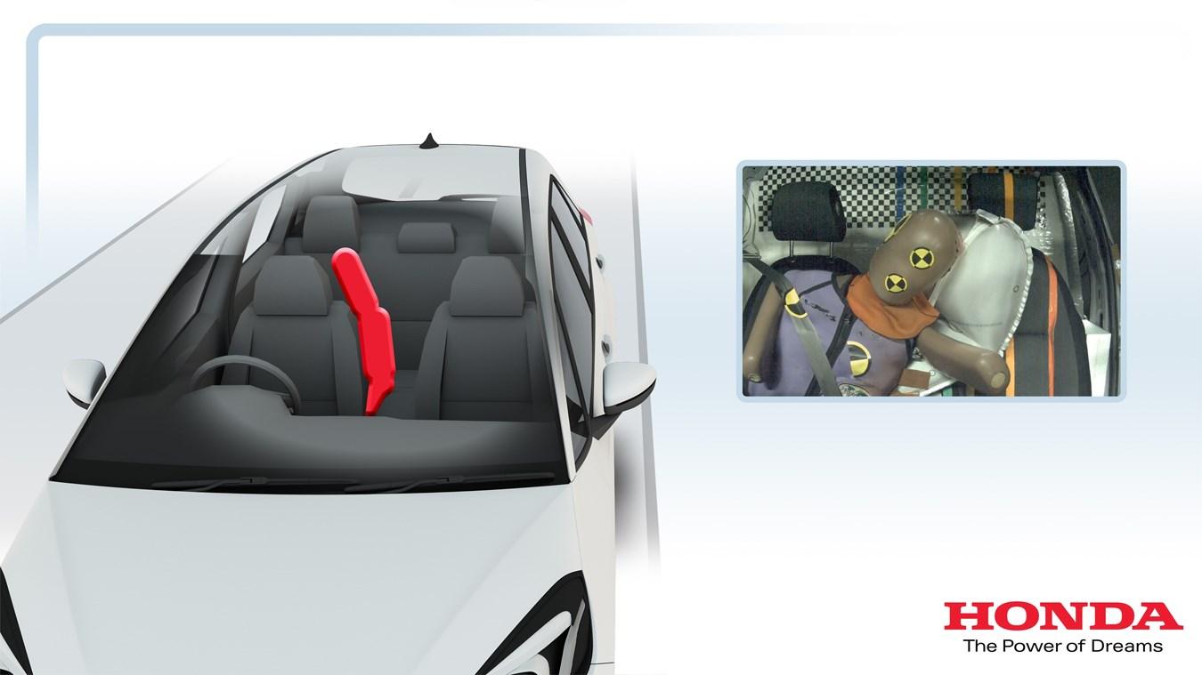 Stredový airbag sa stáva štandardom, dostane ho aj malý Jazz