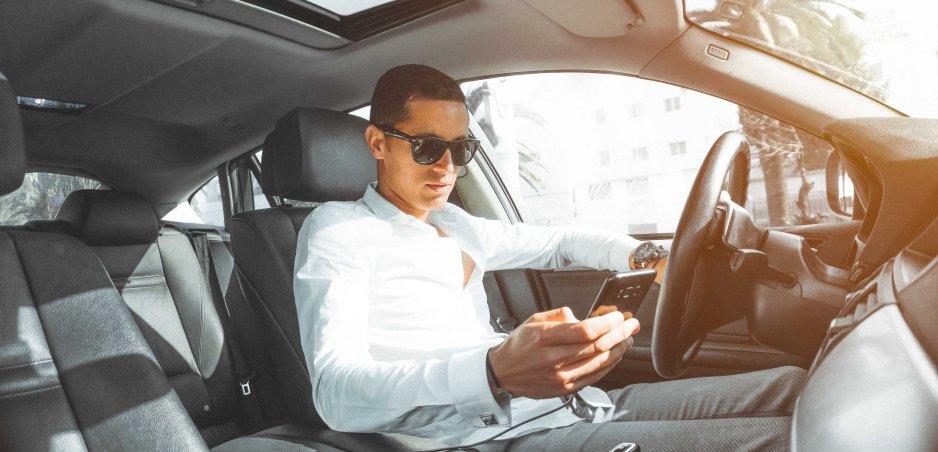 Telefón za volantom: V Austrálii už nasadili kamery aj proti mobilom