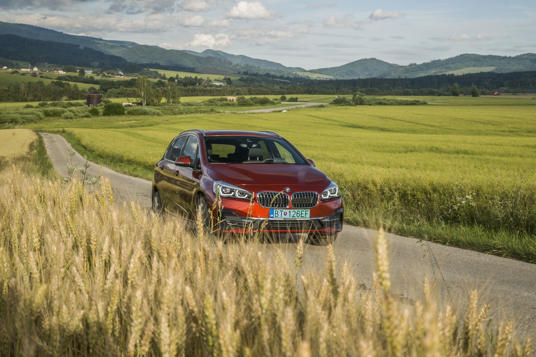 Test BMW 225 xe: Plug in hybrid nie je drahší od benzínu a nafty