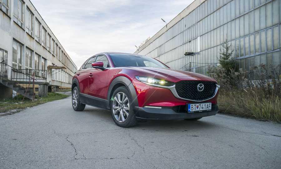 Test Mazda CX-30: Benzínový dvojliter s výkonom 110 kW je dobrá voľba
