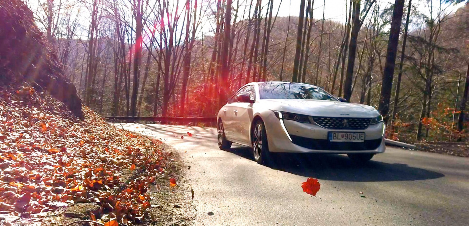 Test: S Peugeotom 508 nuda v strednej triede nehrozí