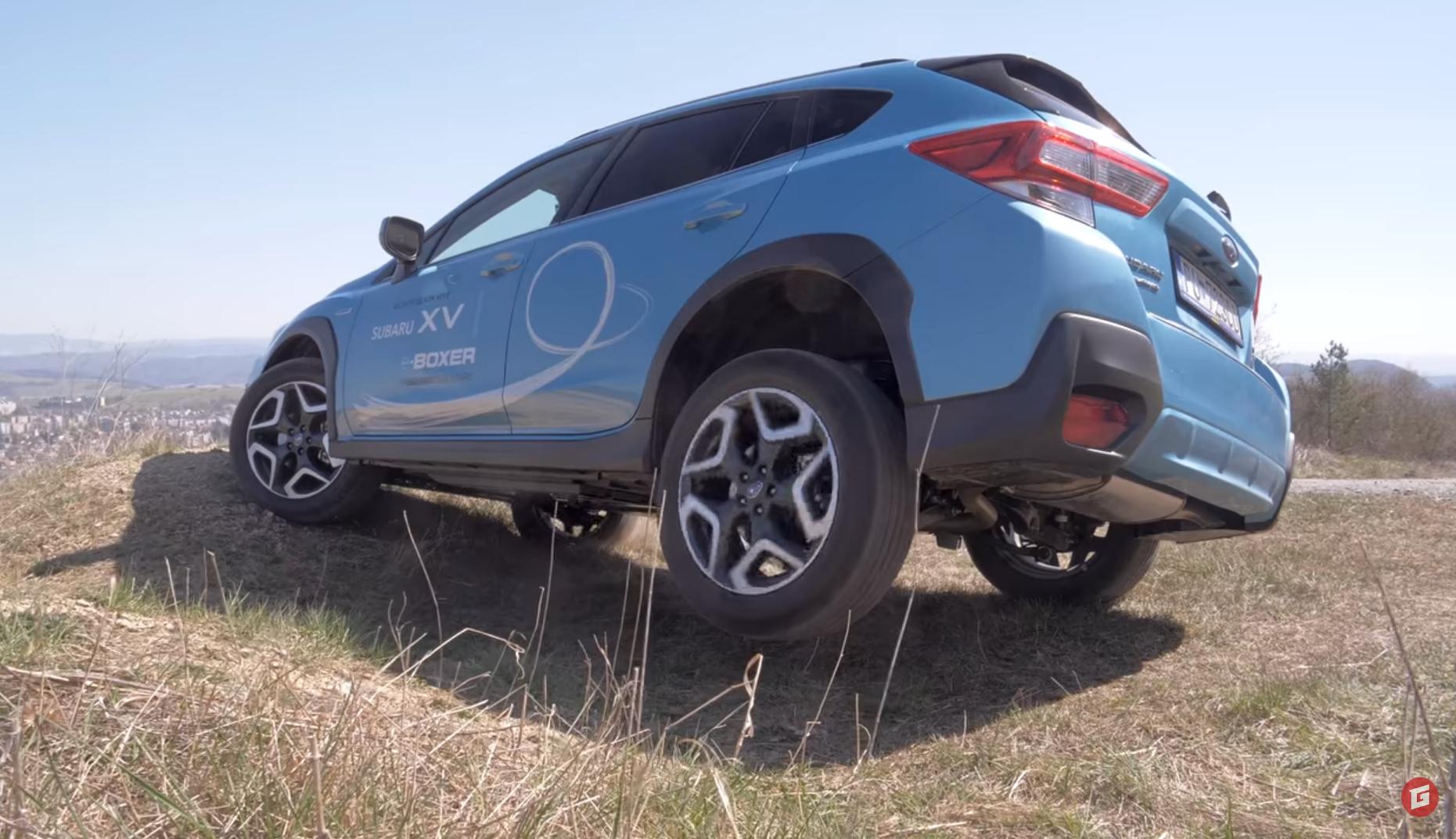 Test: Vyskúšali sme hybridné Subaru XV. Nevyhli sme sa ani ľahkému terénu