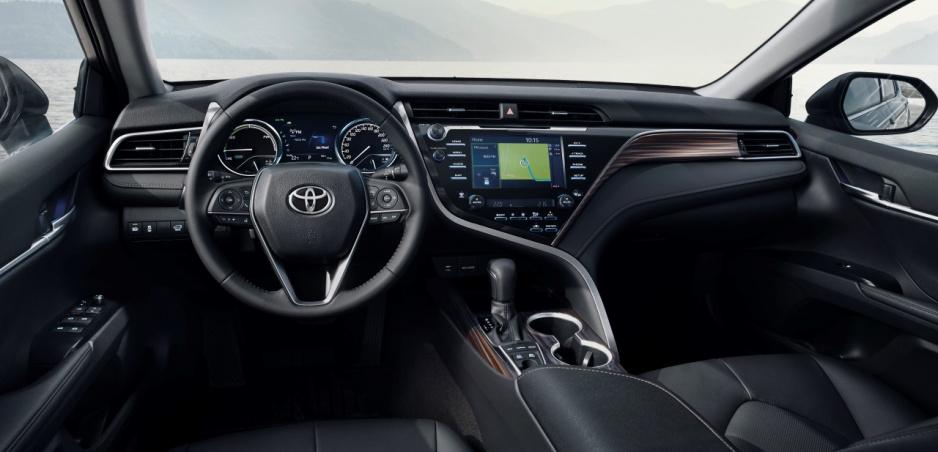 Toyota si dala patentovať systém proti zlodejom. Ostrieka ich slzným plynom