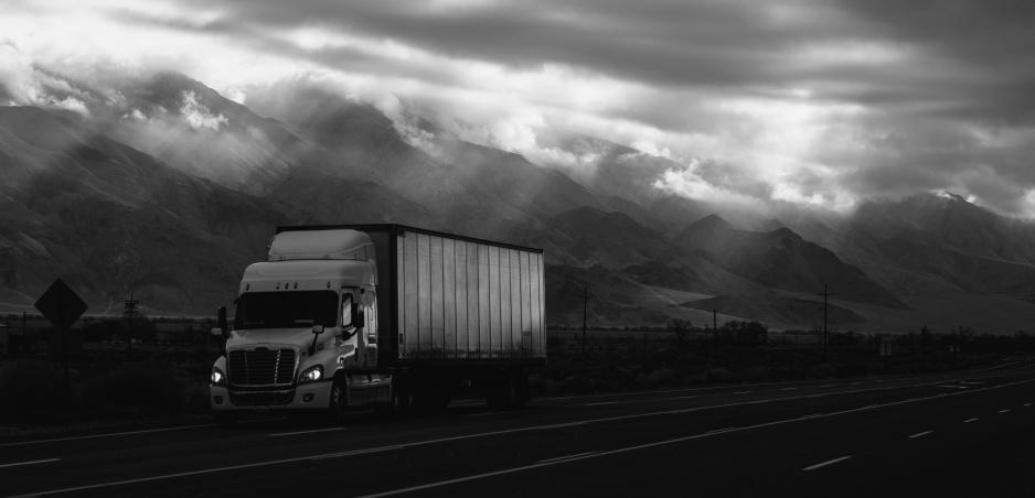 Únik o vlások: Títo kamionisti sa dostali z tých najhorších situácií