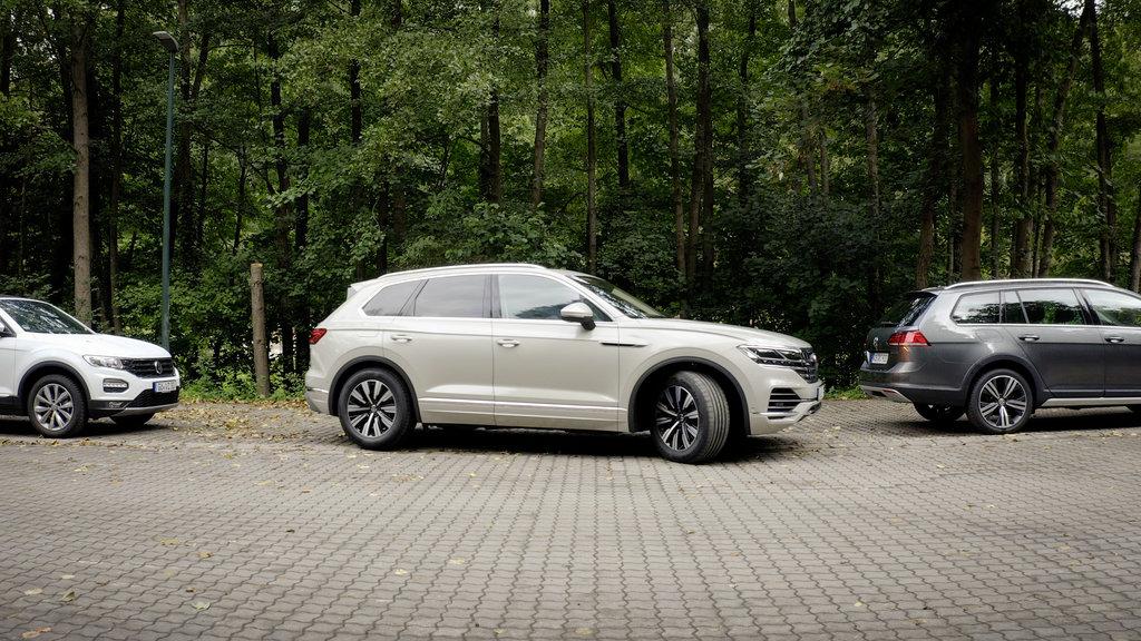 Volkswagen Touareg už dokáže parkovať na diaľkové ovládanie