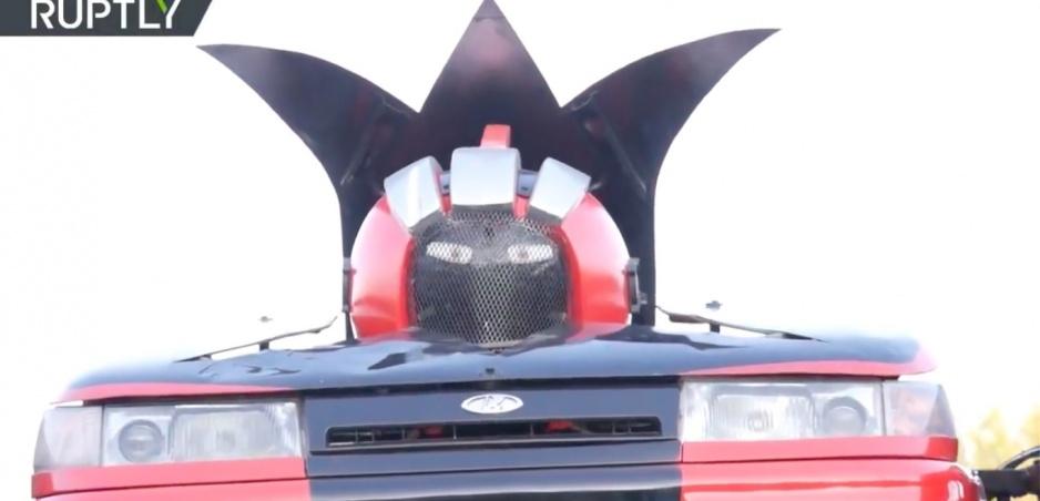 Vrchol ruského inžinerstva: Lada Transformer