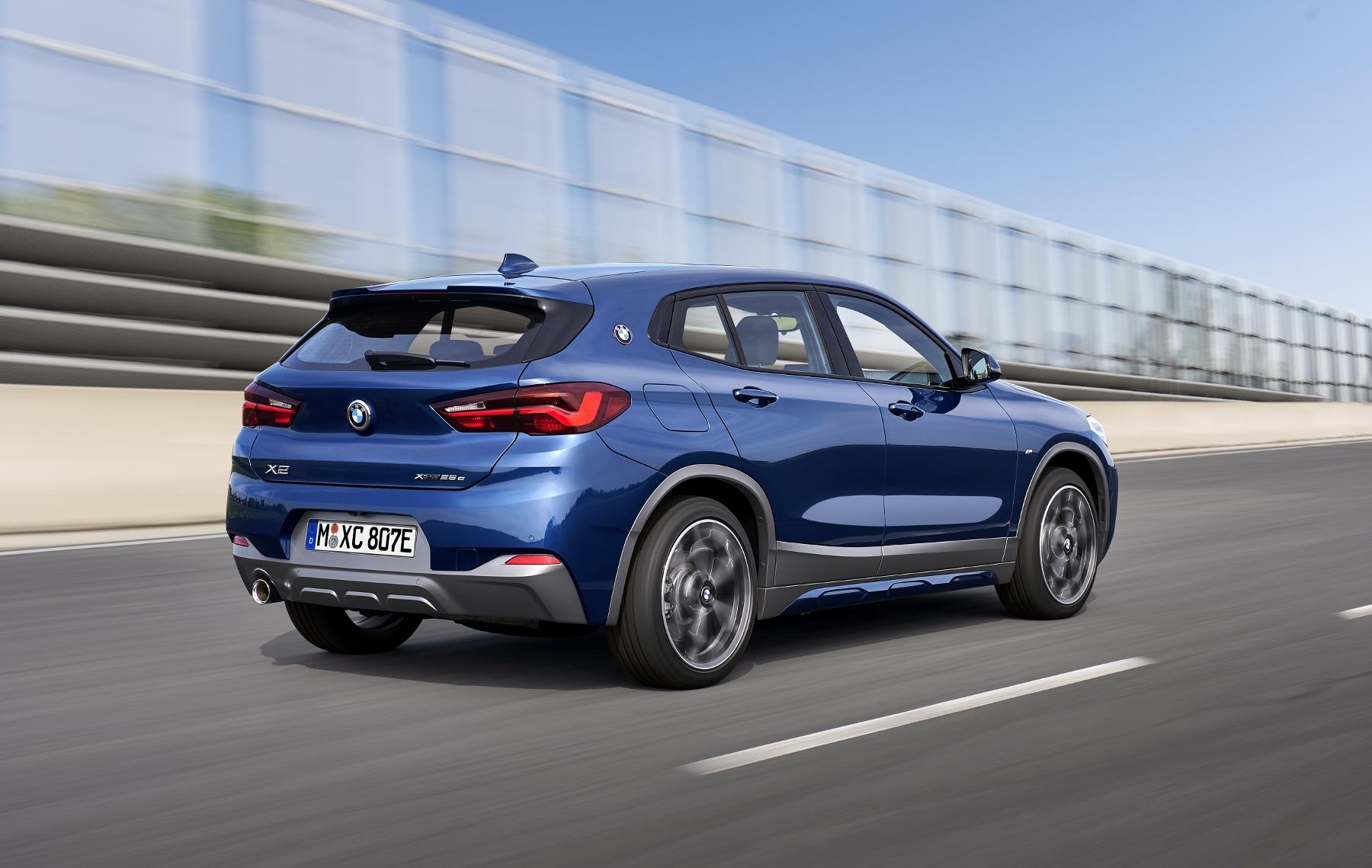 Vynovené BMW X2 už nemá klasické hmlovky