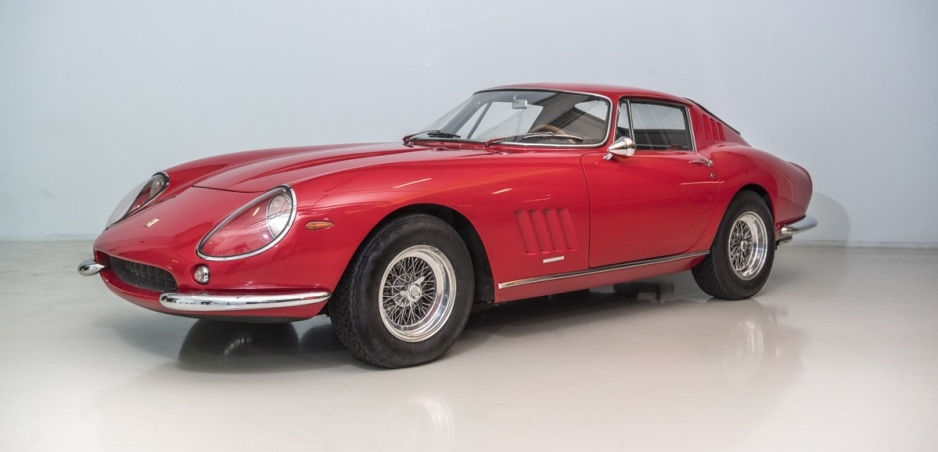 Vzácne Ferrari 275 GTB/4 z roku 1966 pôjde do dražby