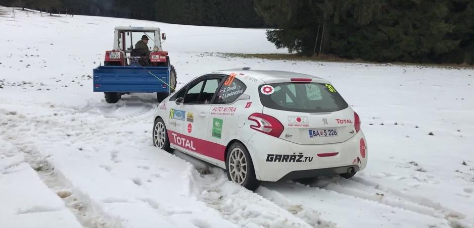 Zúčastňujeme sa na Janner Rallye: Pneumatiková ruleta a traktor