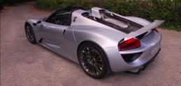Existuje len 918 kusov tohto Porsche. Rasťo bol v jednom z nich!