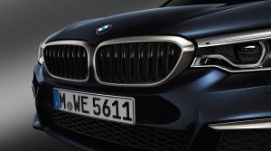 BMW M550d xDrive: Štyri turbá, nespútaný adrenalín.