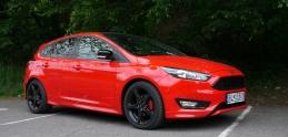 Test Ford Focus ST Line: Dravý dizajn a športový duch