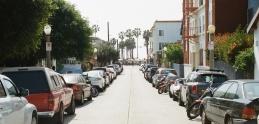 Vyparkovať sa dá naozaj odvšadiaľ. Stačí len trpezlivosť a schopnosti