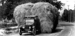Ford pred sto rokmi uviedol predchodcu modernej dodávky. Takto vyzeral