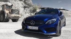 Test Mercedes Benz AMG C43 Cabrio: Vietor vo vlasoch, adrenalín v krvi