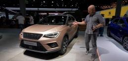 "Autosalón Frankfurt: Seat predviedol ""hovoriacu"" Aronu a ostrú Cupru R"