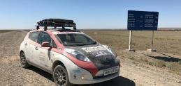 Na elektrickom Nissane Leaf absolvoval preteky dlhé 13-tisíc km