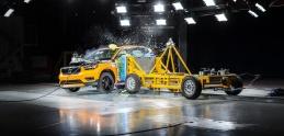 Nové Volvo XC40: Pozrite si zábery crash testov
