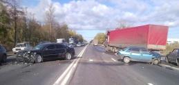 Zrážka Audi Q7 a Range Roveru: Kto skončil horšie