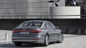 Audi A8 Intelligent drive vám uľahčí život a ochráni pri nehode