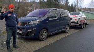 Praktické výzvy pre Peugeot Traveller: Ako sa cúva s prívesom