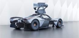 Daniel Ricciardo sa stane majiteľom Aston Martin Valkyrie