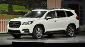 Subaru predstavilo nové SUV Ascent s tromi radmi sedadiel
