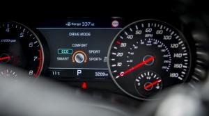 Brusel chce v autách merače spotreby s odosielaním dát online