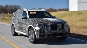 Predsériové kusy BMW X7 už schádzajú z výrobných liniek