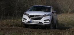 Hyundai Tucson vo verzii Shadow sme otestovali po našom, v blate