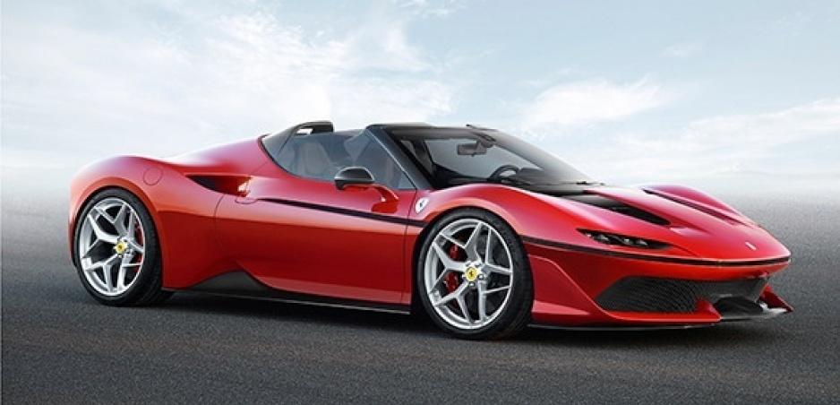 Ferrari ustupuje zo svojej pozície a vyrobí elektrické superauto