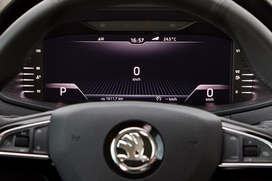 Škoda Karoq prístrojovy panel