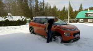 Ako parkovať na snehu v aute s automatickou prevodovkou (vyberáme z archívu)
