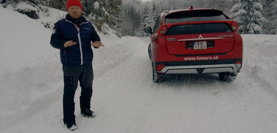 Prvá jazda Mitsubishi Eclipse Cross zvládlo prvý snežný test