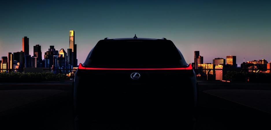 Lexus ukáže v Ženeve nový crossover UX, ale aj sedemiestne SUV RX L
