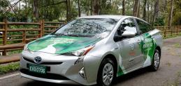 Toyota predstavila prototyp hybridu na etanol