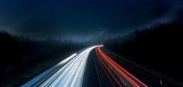 Prečo sa na nemeckých diaľniciach nemôže jazdiť neobmedzene