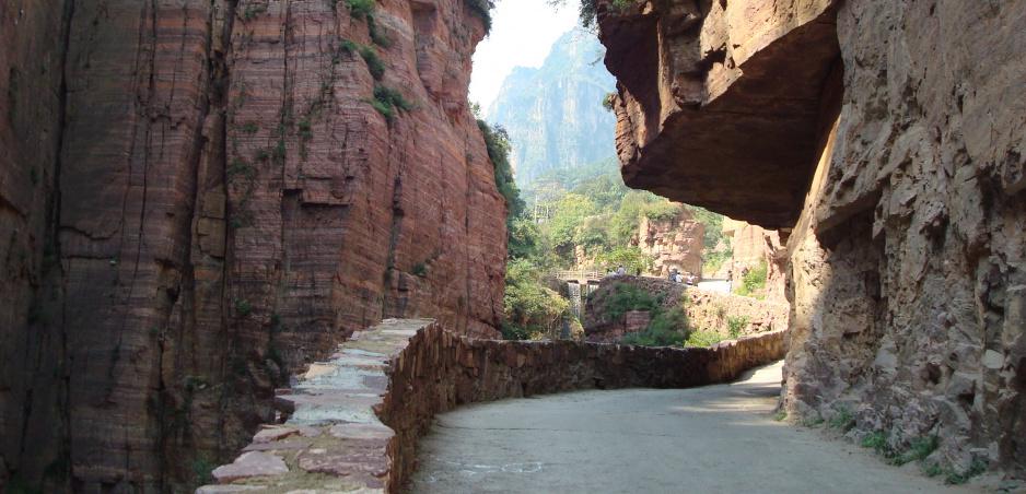 Najfascinujúcejšie cesty sveta 18: Tunel Guoliang (vyberáme z archívu)